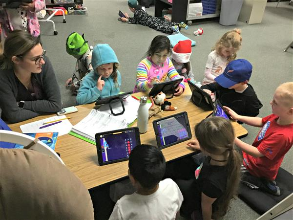 Students at Hillsdale participate in Hour of Code